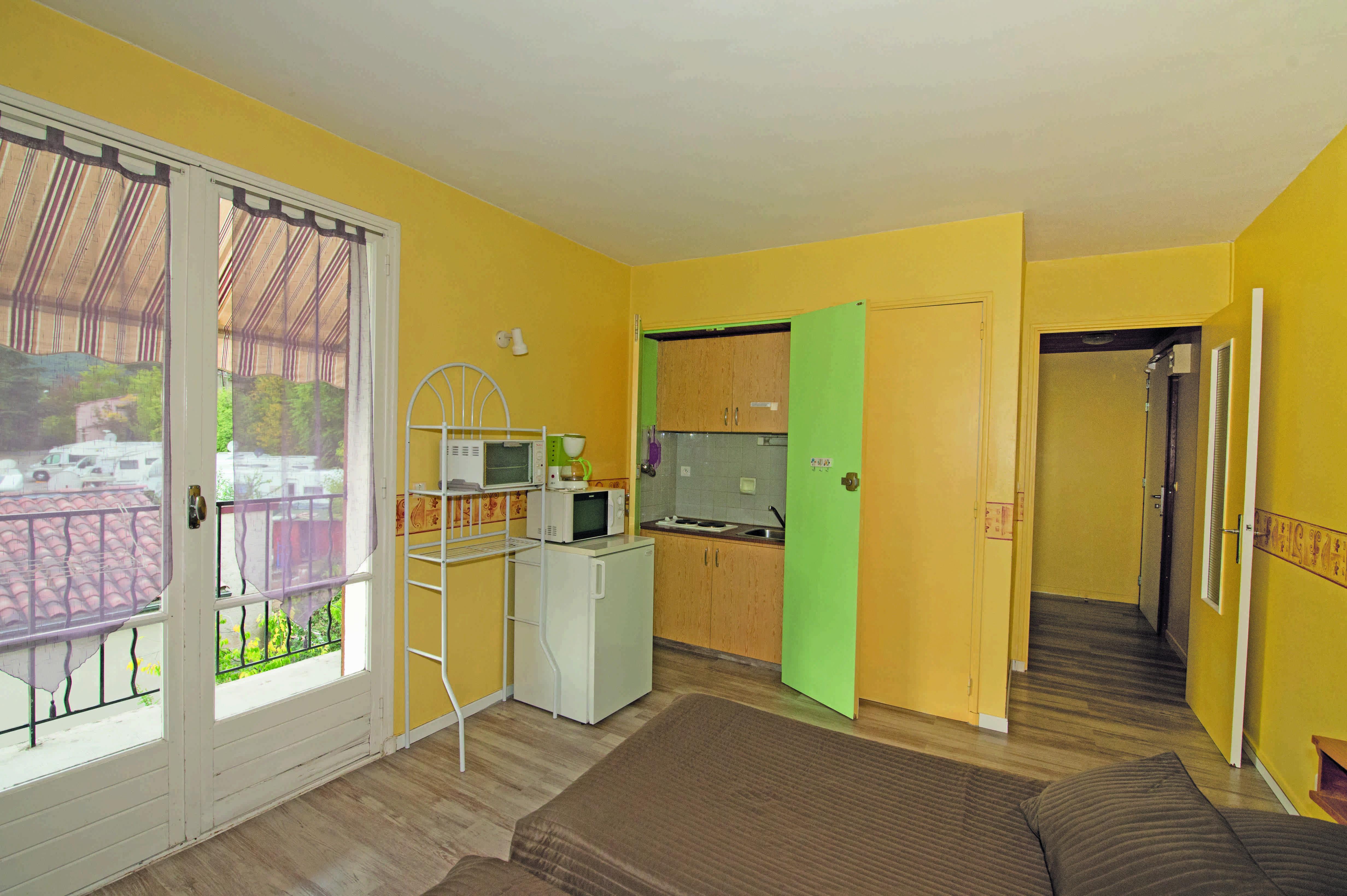 h tel r sidence le moulin amicale gr oux. Black Bedroom Furniture Sets. Home Design Ideas